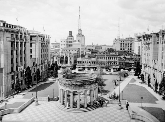 Anzac Square, Brisbane: March 1954